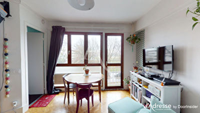 Grand Studio 26m² Paris 19ème
